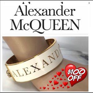 Authentic Alexander McQueen 3D Skull Bracelet (M)